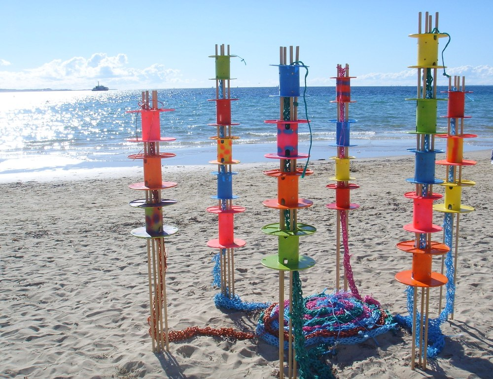 French Knitting ion the beach